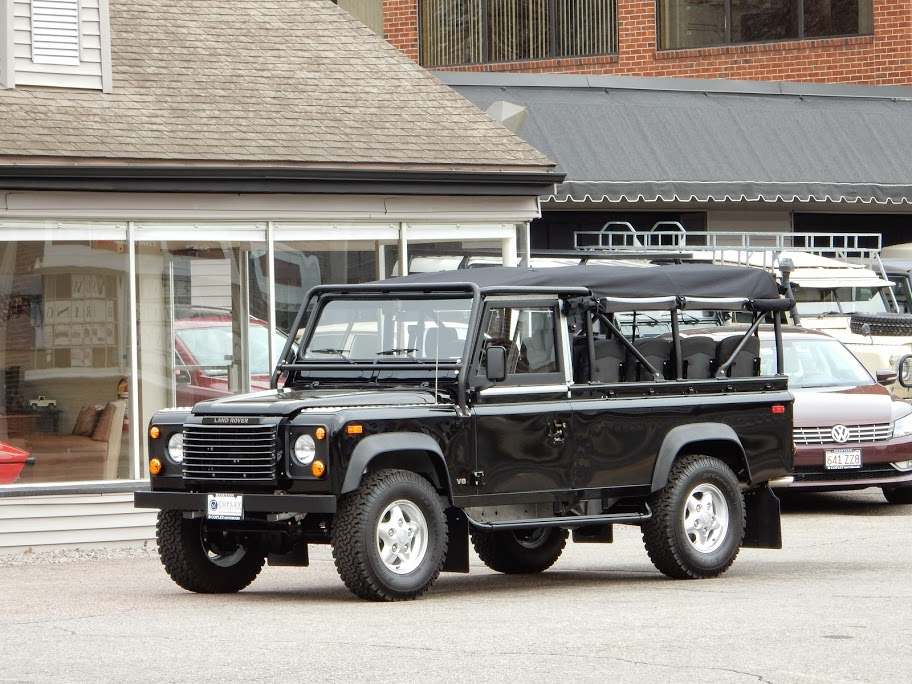 1997 land rover defender 110 convertible copley motorcars for Copley motor cars land rover