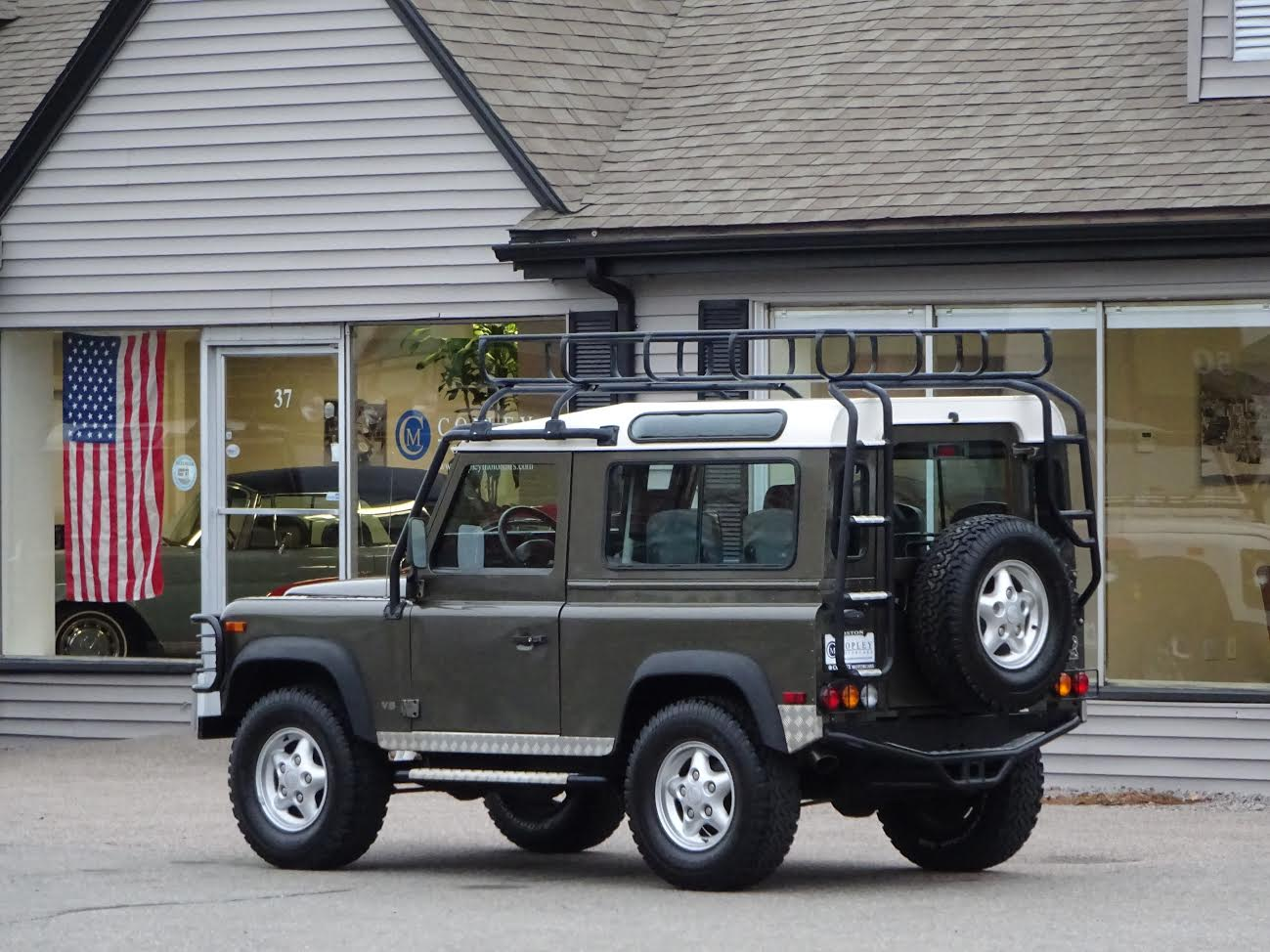 Remove Frontseat 1997 Land Rover Defender 90 Custom